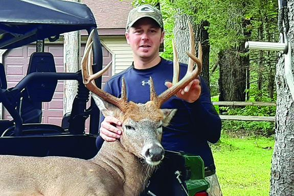 Tyler Semrow bags 10 point buck